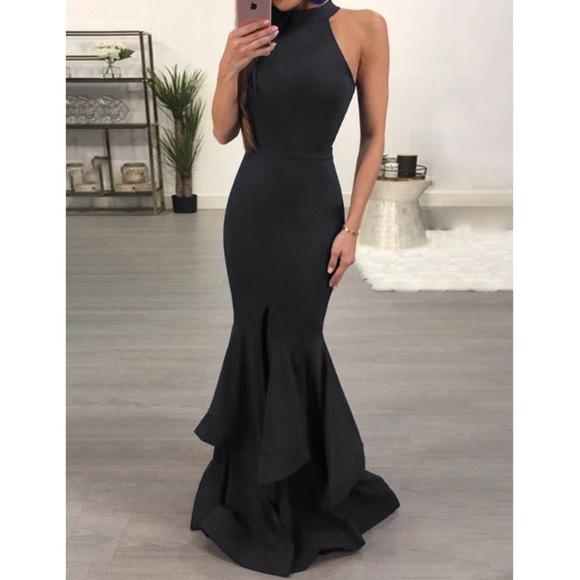 490ca66a81e IVROSE Dresses   Skirts - NNT- IVROSE Haltered Ruffle Mermaid Dress